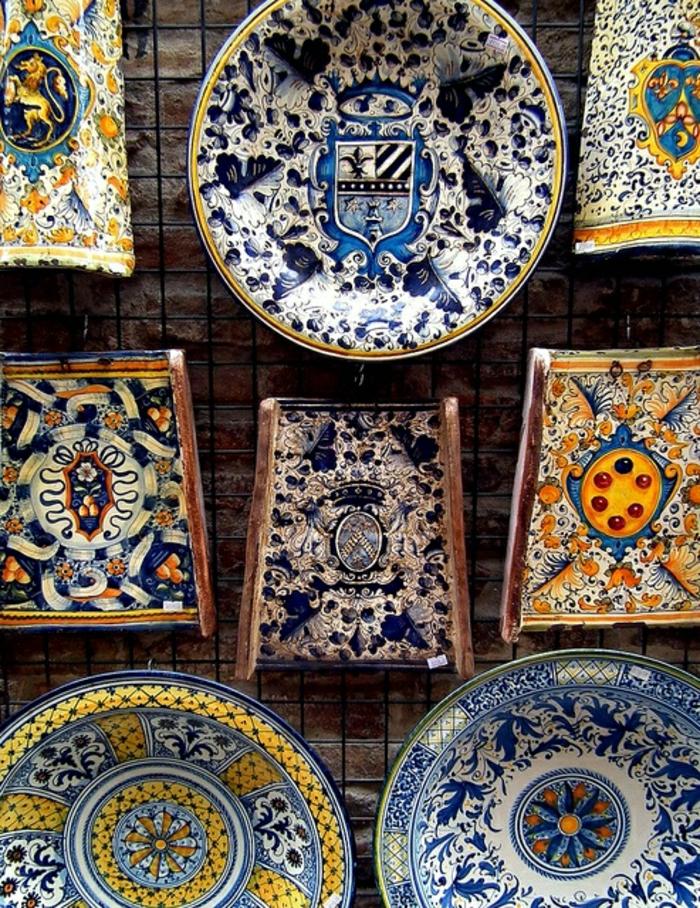 Keramik-von-San-Gimigniano-Italien-handgemalt