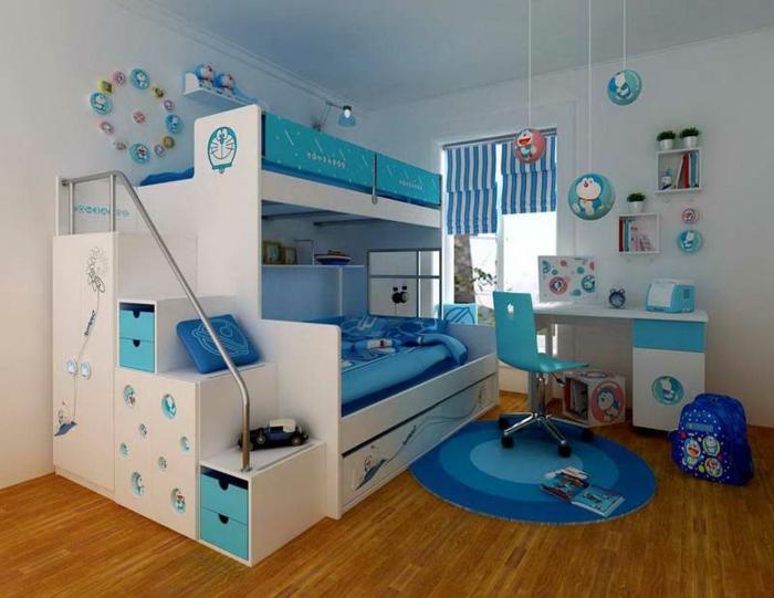 Kinderzimmer-Deko-blau-weißes-Bett