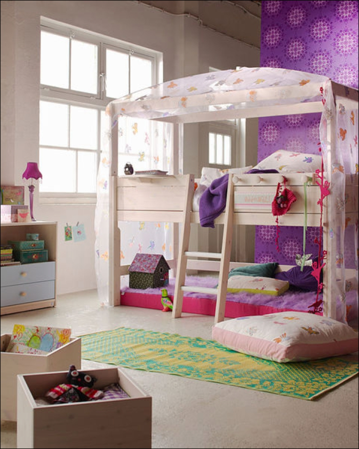 kinderzimmer deko lila. Black Bedroom Furniture Sets. Home Design Ideas