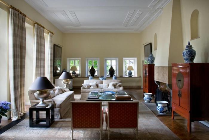 Landhaus-einrichtung-Wohnraum-weiße-Decke