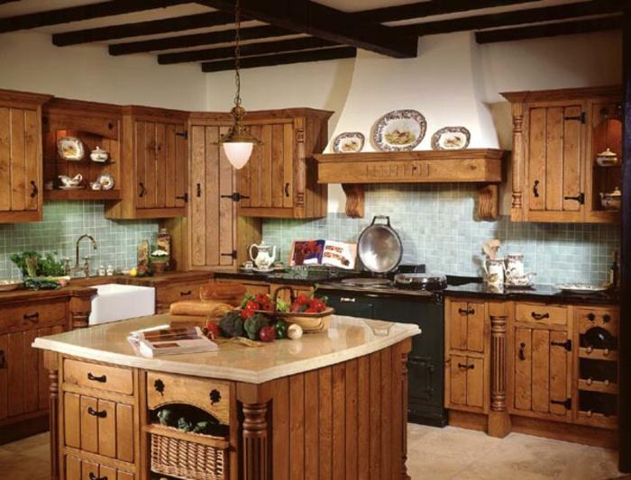 Landhaus-einruchtung-Küche-viel-Holz