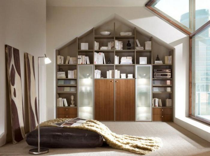 Landhaus-einruchtung-Schlafzimmer-viele-Bücherregale