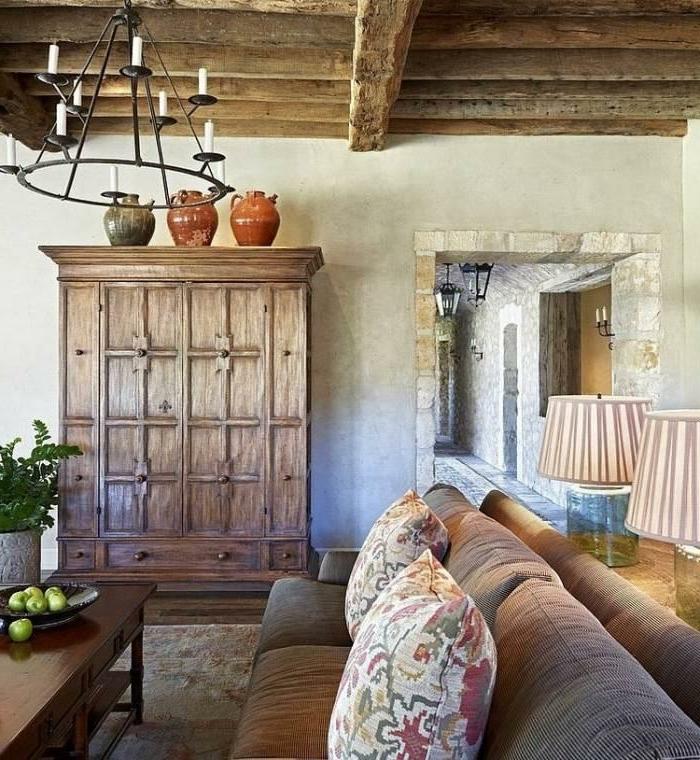 Landhaus-einruchtung-wohnzimmer-staein-holz