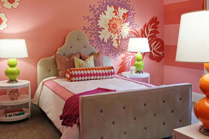 Mädchen-Schlafzimmer-Tapeten-bunte-rote