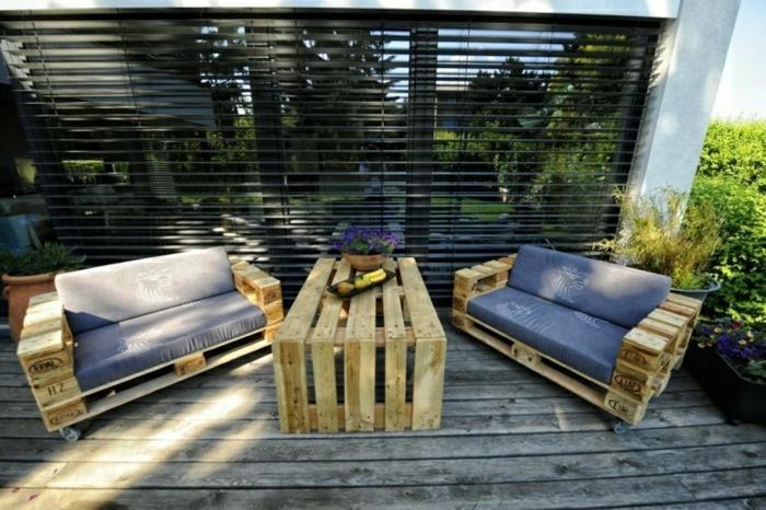 Palettenmöbel-Veranda-schlichtes-Design-Exterieur-Idee