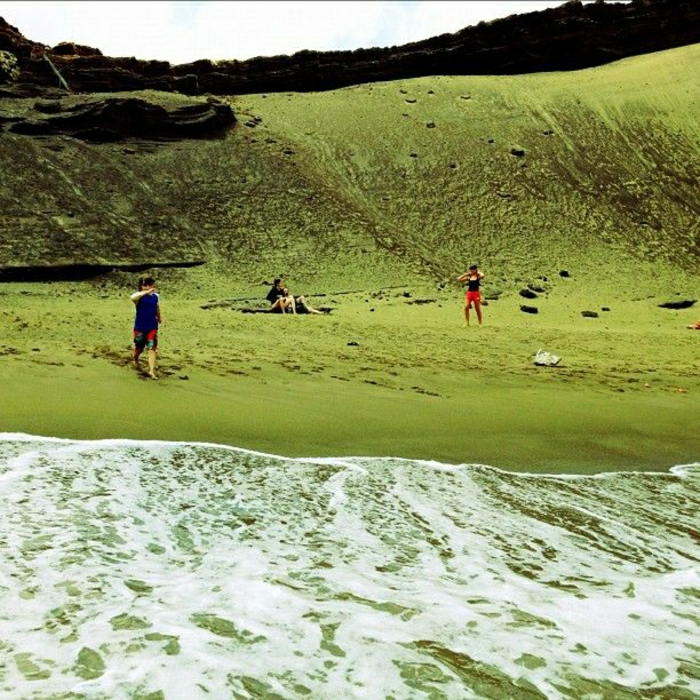 Papakōlea-Beach-Big-Island-Hawaii-Green-Sand-Beach