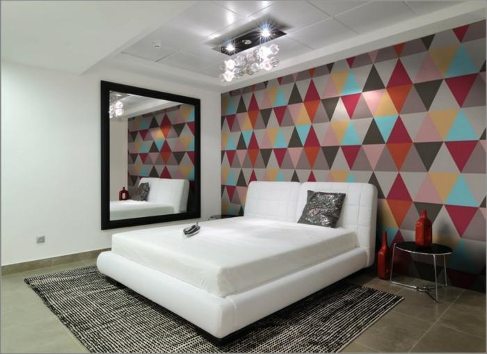 Schlafzimmer-Tapeten-bunte-Dreiecken