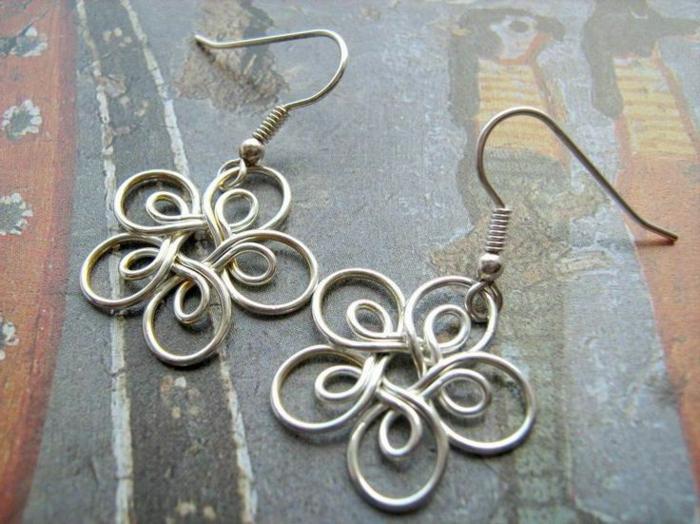 Schmuck-basteln-Ohrring-Blumen
