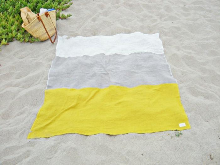Strand-Tuch-Streifen-weiß-grau-gelb