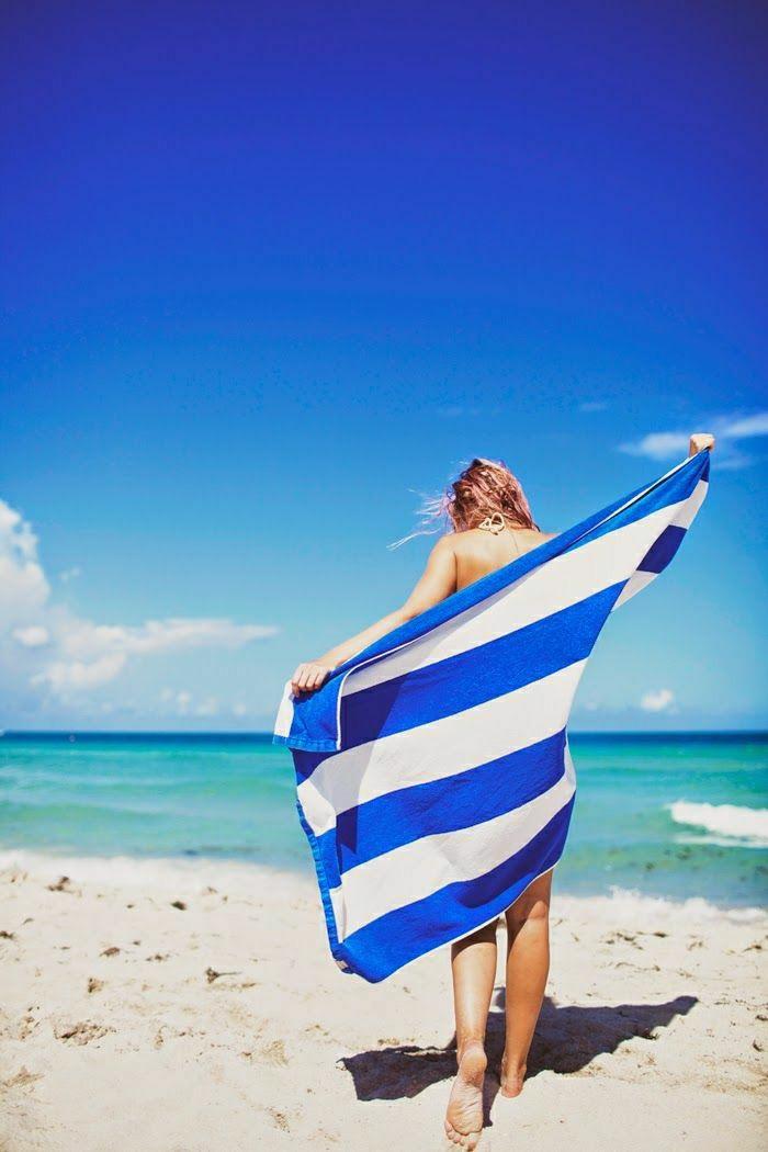 Strand-Tuch-Streifen-blau-weiß