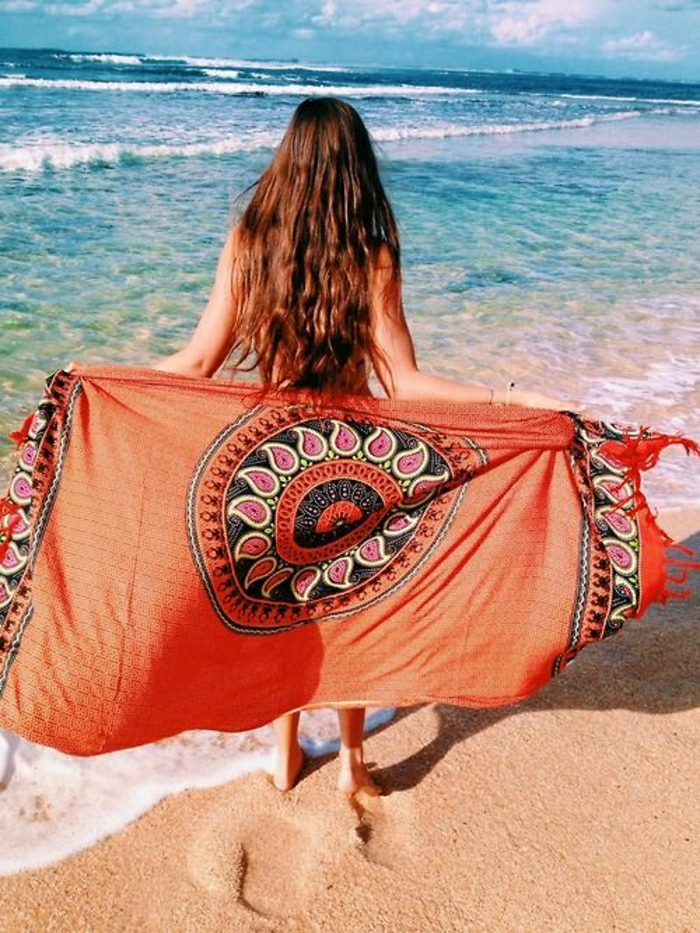 Strandtuch-orange-indische-Motive-Boho-cool