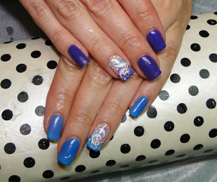 Thermo-Effekt-Nägel-zwei-Farben-lila-blau-Dekoration