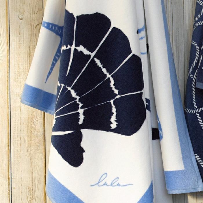 Tuch-cool-Strand-Muscheln-Seestern-weiß-blau