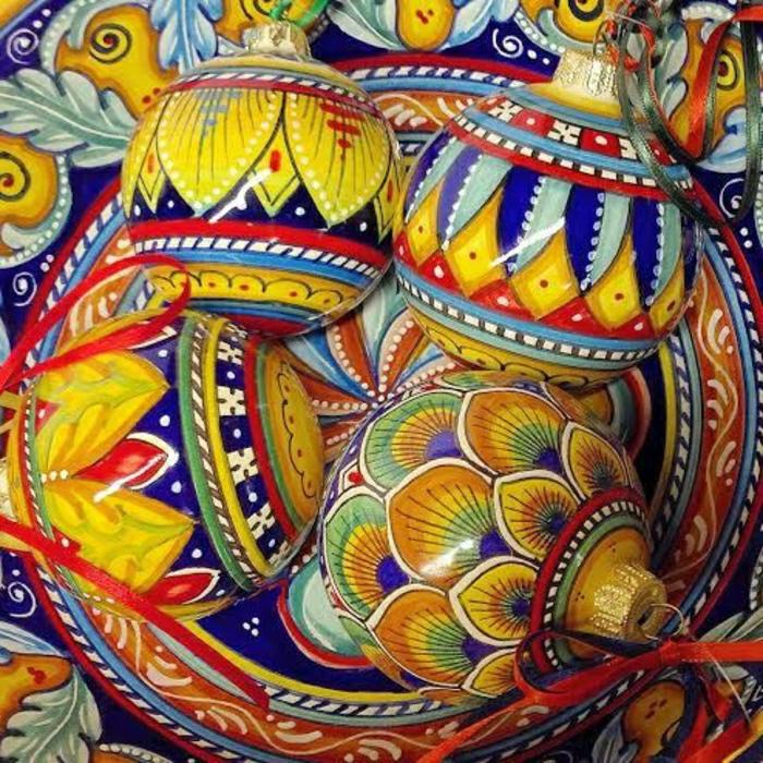 Weihnachtsdekoration-handgemalt-Keramik-Deruta-Umbrien-Italien