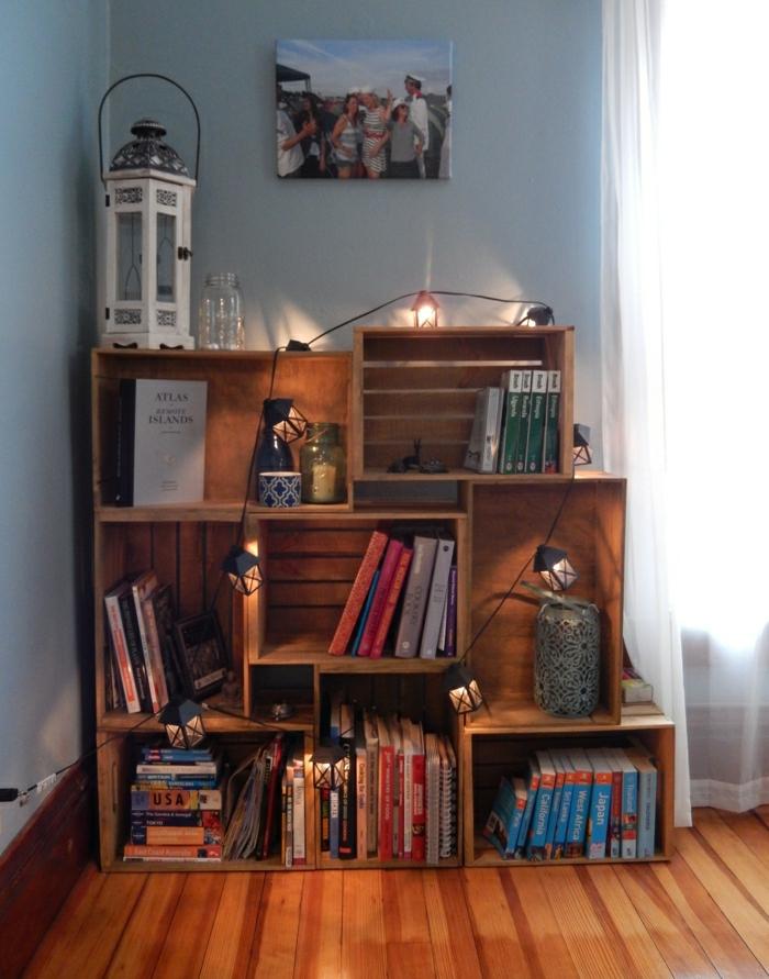 Weinkisten-Bücherregale-Laterne-Leuchten