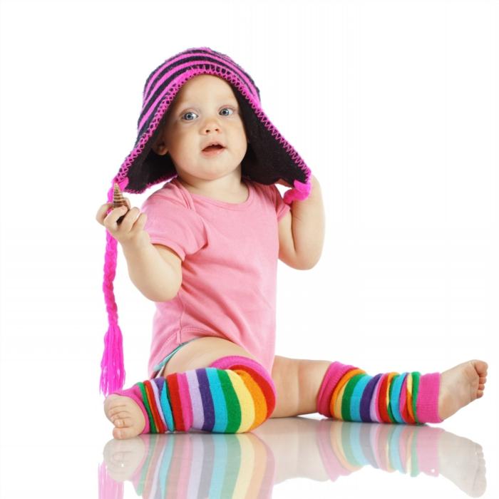 baby- kleidung-bunte-farben