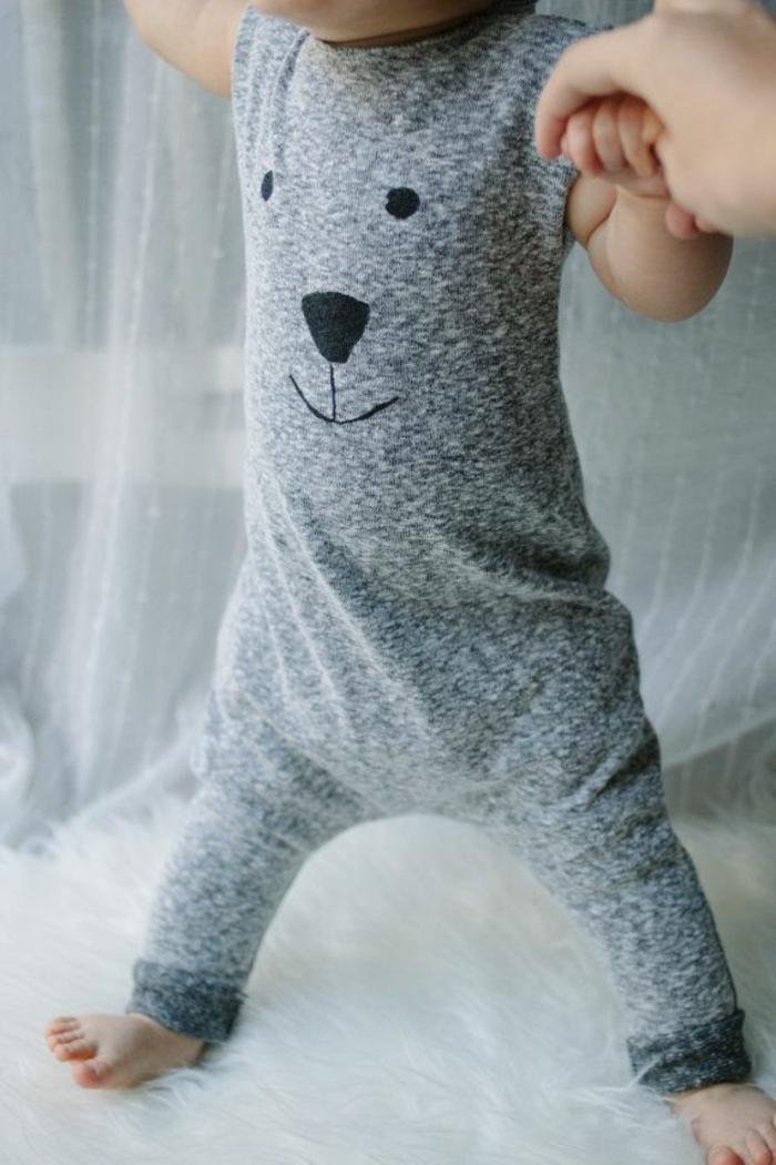 baby- kleidung-graue-farbe