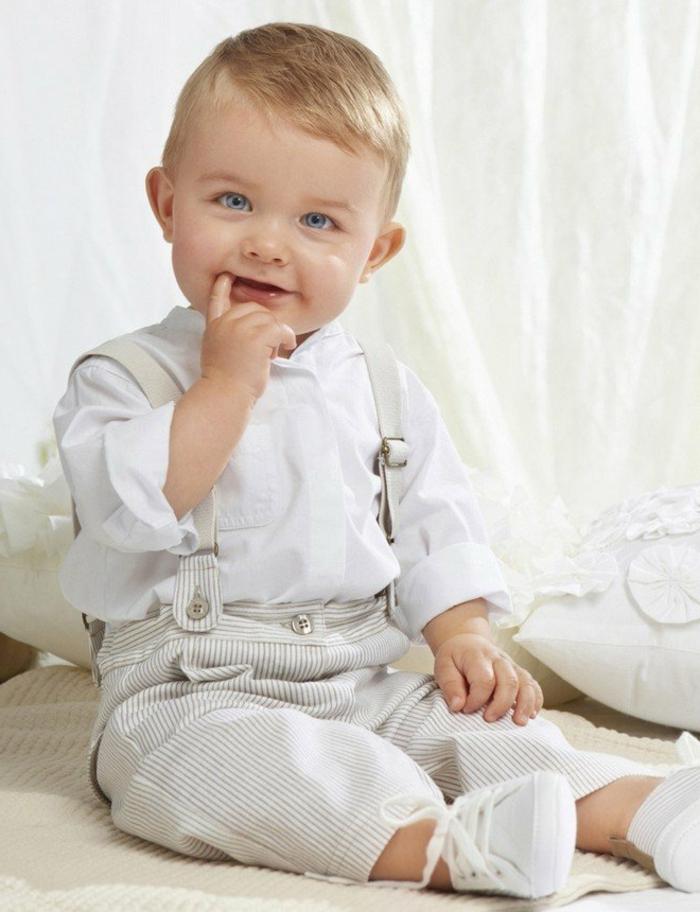 baby- kleidung-herrliches-foto