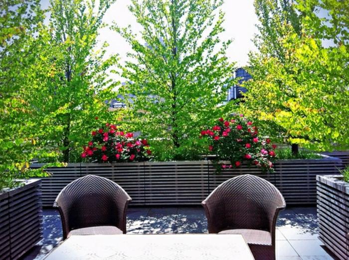 balkon-blumen-super-exotisches-ambiente-sehr-schön