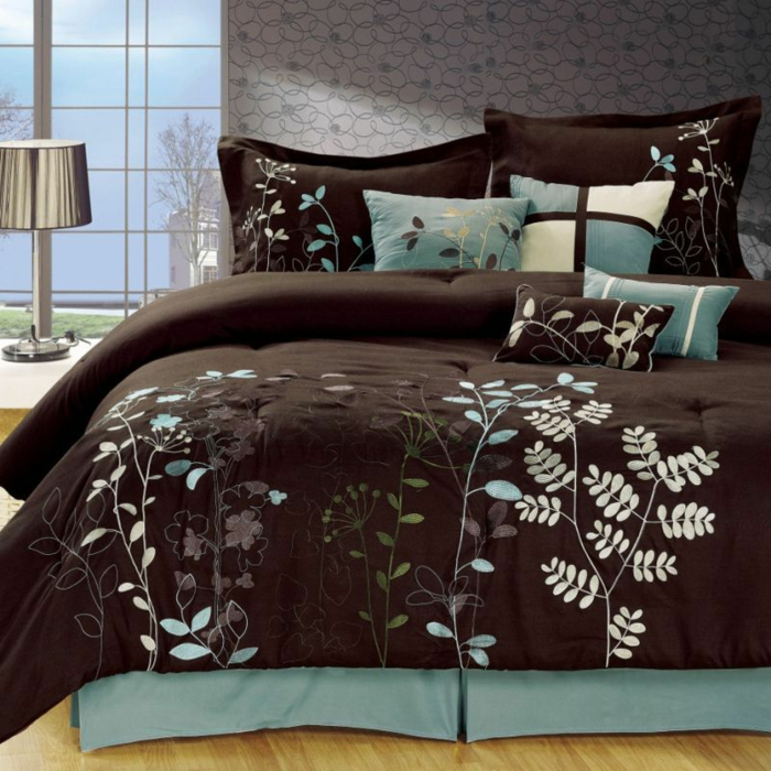 bettw sche in braun schaffen gem tlichkeit. Black Bedroom Furniture Sets. Home Design Ideas
