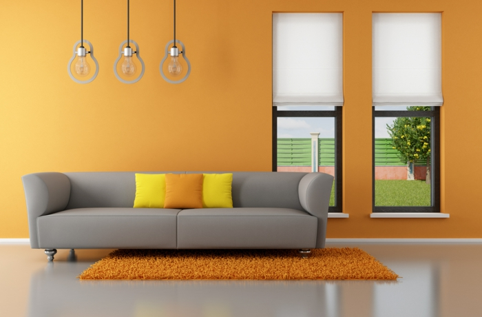 dekoration-im-wohnzimmer-schöne-wand-in-orange