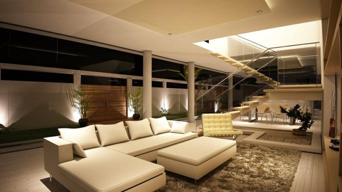 dekoration-im-wohnzimmer-wunderschönes-weißes-sofa