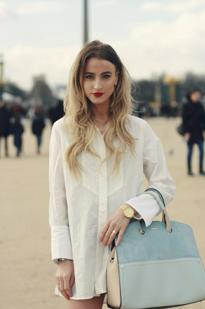 elegante-Furla-Tasche-Pastellfarben-Leder-Velours-weißes-langes-Hemd-goldene-Uhr