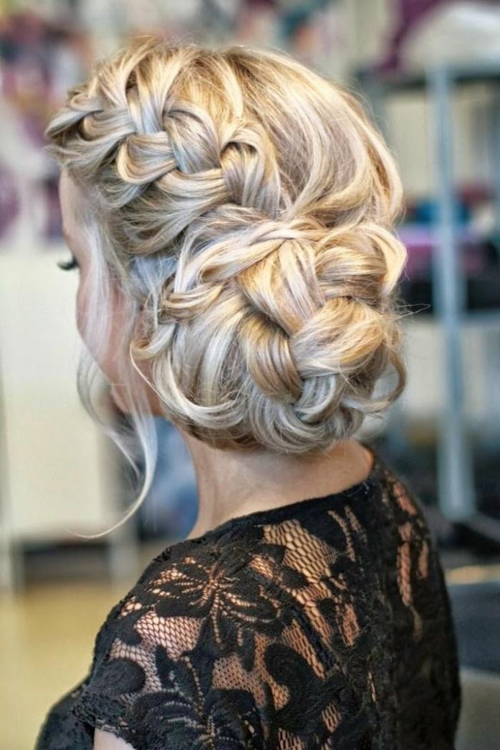 elegante-frisuren-blonde-haare-sehr-schön