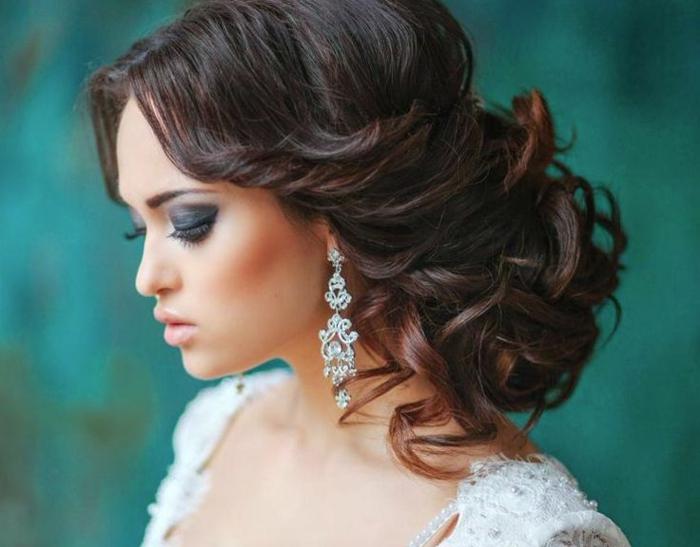 elegante-frisuren-super-üppige-haare