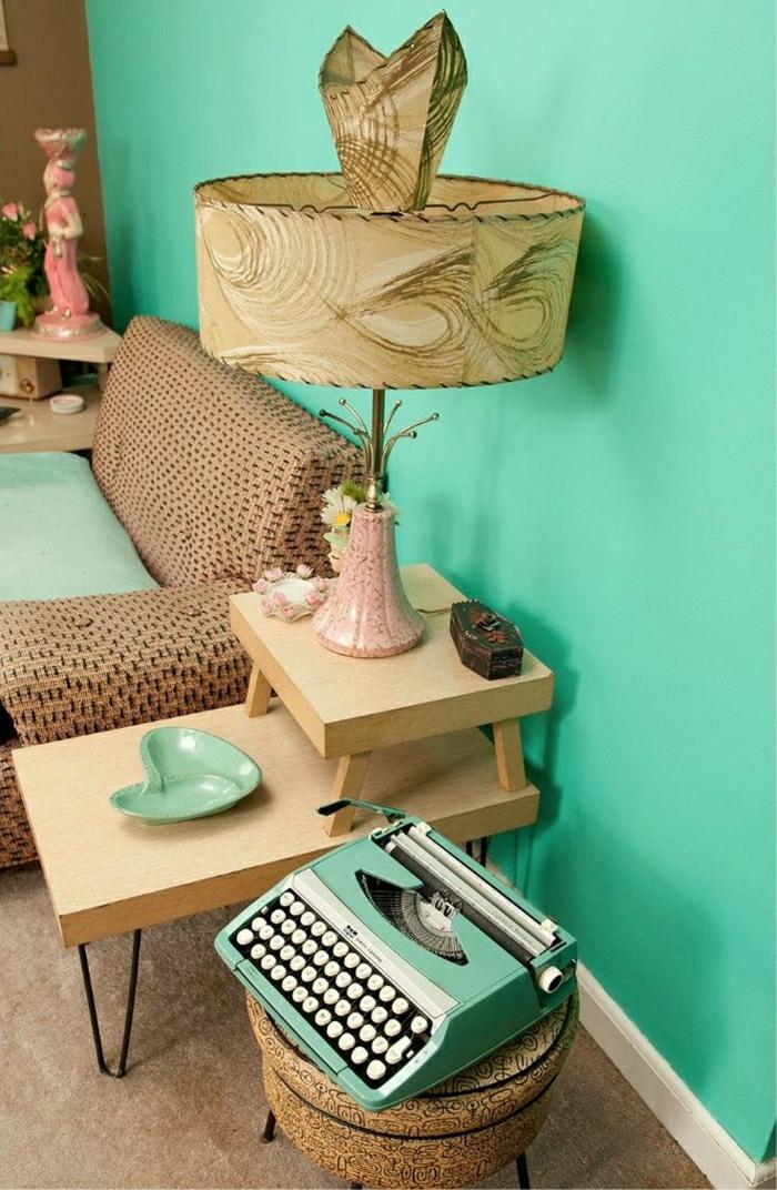 elegantes-Interieur-Minze-Farbe-elektrische-Schreibmaschine