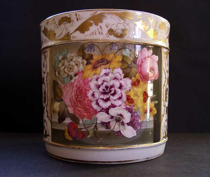 englisches-porzellan-sehr-schöne-tasse