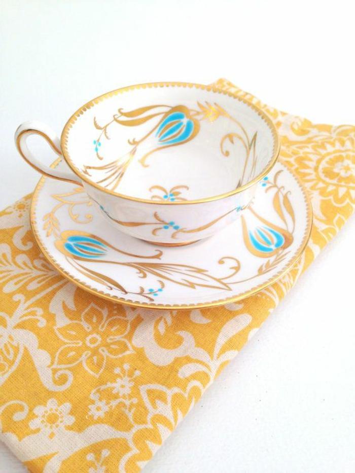 englisches-porzellan-wunderschöne-tasse