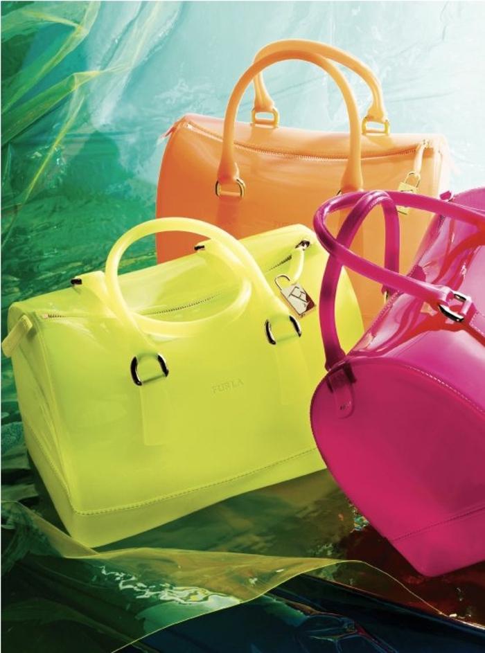 extravagante-Furla-Taschen-Nenofarben-gelb-rosa-orange