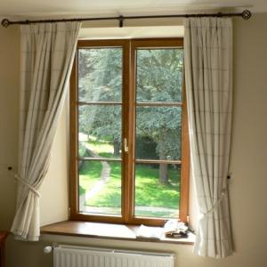 Gardinen für kleine Fenster - weil sie so nützlich sind