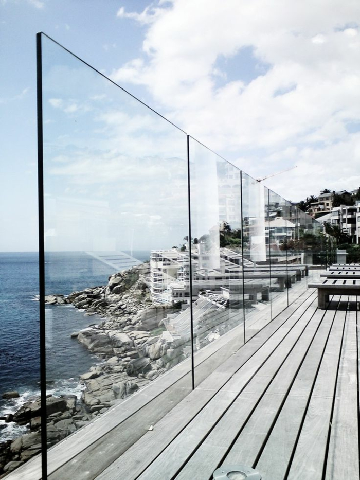 44 tolle bilder von glaswand terrasse for Balustrade en verre exterieur