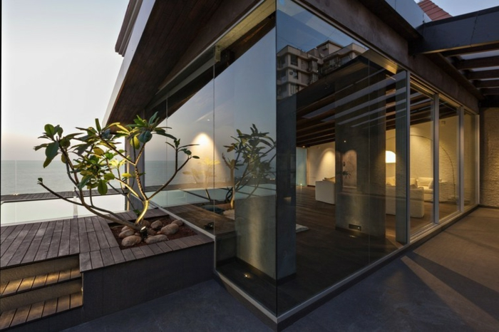 glasswand-terrasse-modernes-haus
