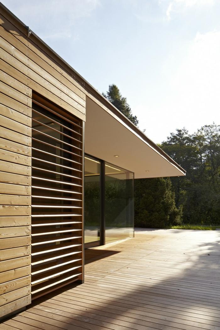 glasswand-terrasse-ultramoderne-architektur