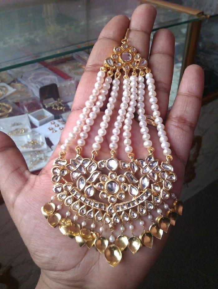 indischer-Schmuck-Perlen-Gold-Kristalle