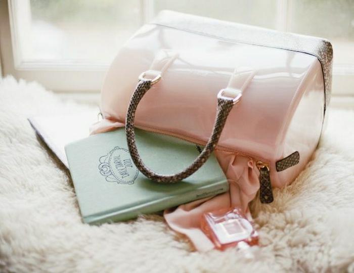kokette-Furla-Taschen-Pastellfarbe