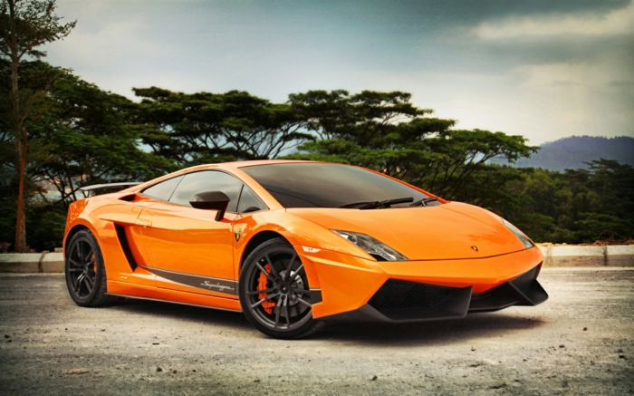 lamborghini-bilder-orange-modell