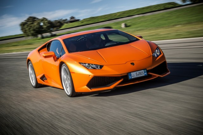 lamborghini-bilder-schönes-modell-in-orange