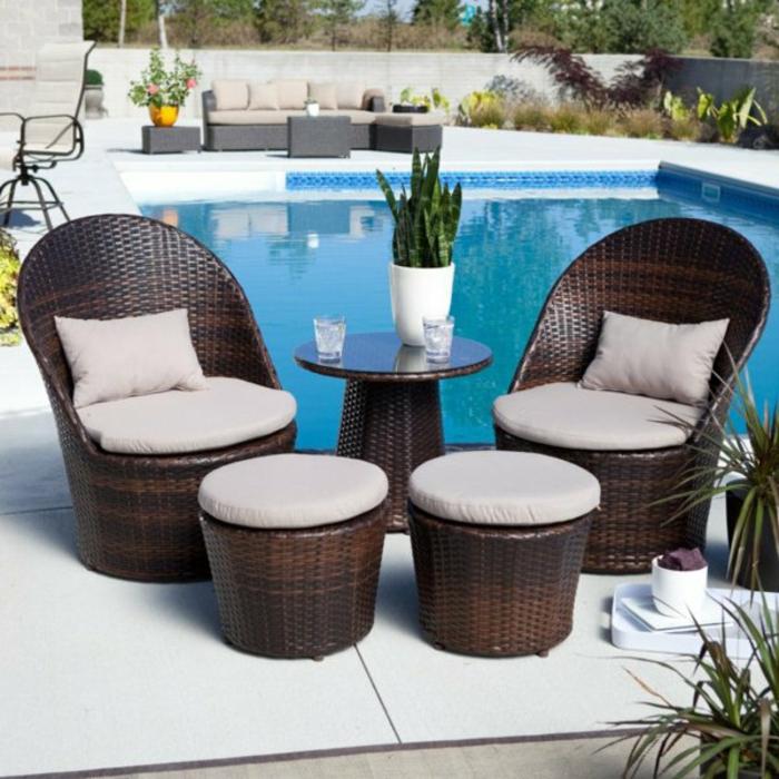 loungemöbel -für-balkon-Pool