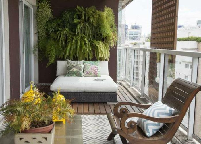 loungemöbel -für-balkon-blumen