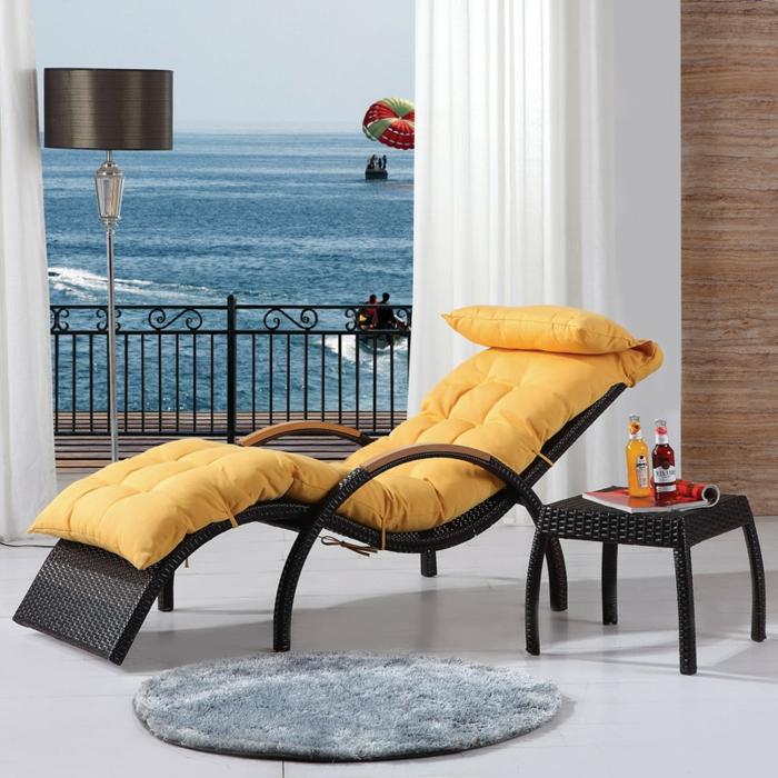 loungemöbel -für-balkon-liegesessel-gelb
