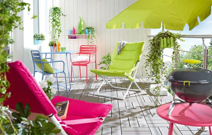 loungemöbel -für-balkon-sehr-hell-bunt