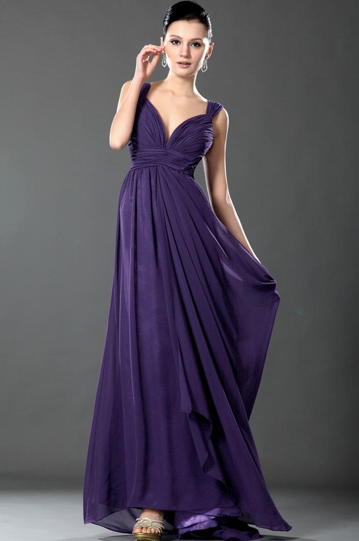 luxus-abendkleider-modell-in-lila