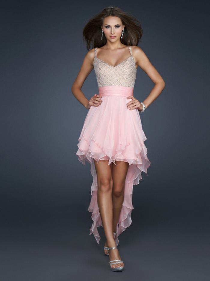 luxus-abendkleider-rosige-farbe