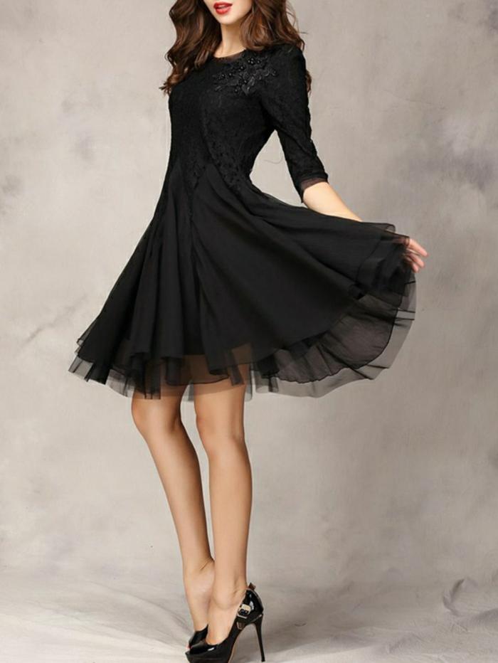 luxus-abendkleider-schwarze-gestaltung