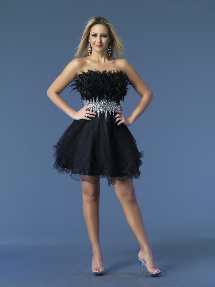 luxus-abendkleider-schwarzes-modell