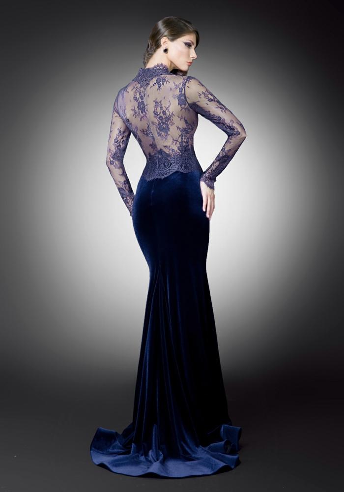 luxus-abendkleider-tolles-modell-hintergrund